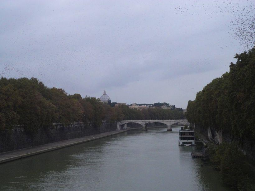 Bridge over the River Tiber (Tevere). View from Ponte Sisto, Rome, Italy