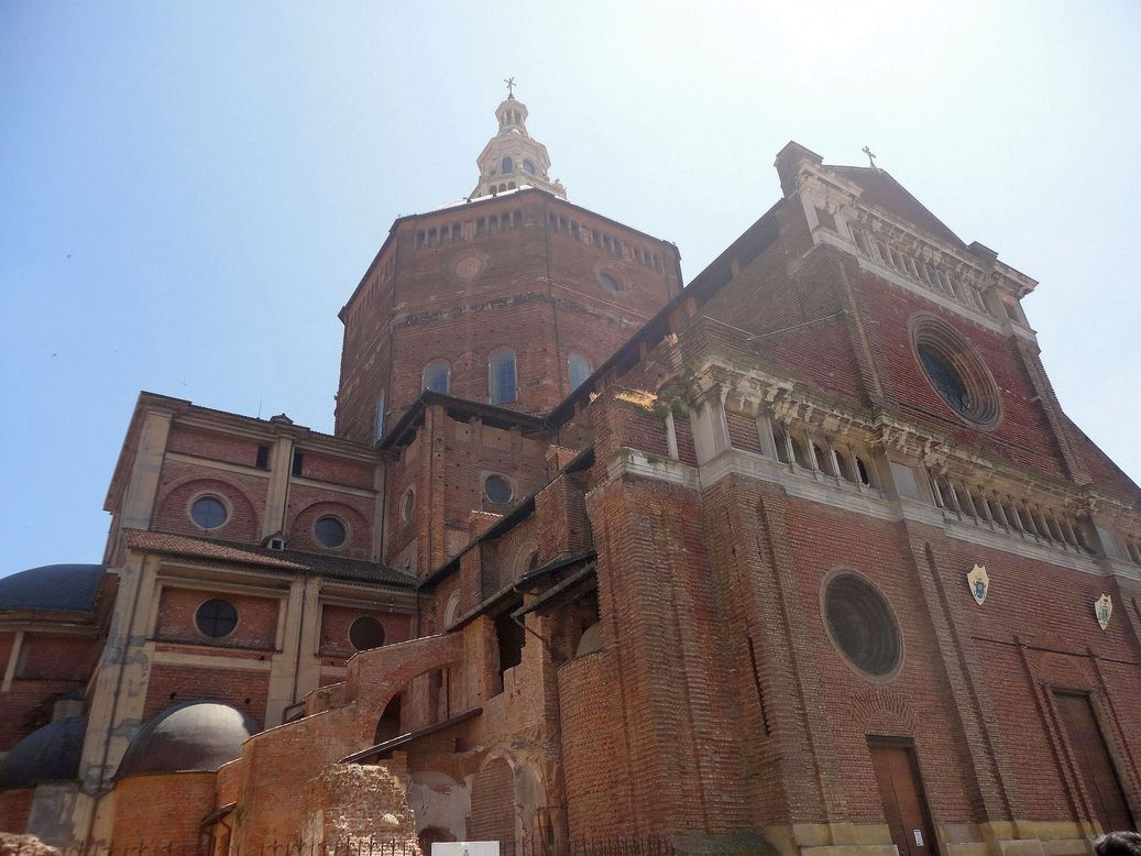 Cathedral of Pavia (Duomo di Pavia). Italy