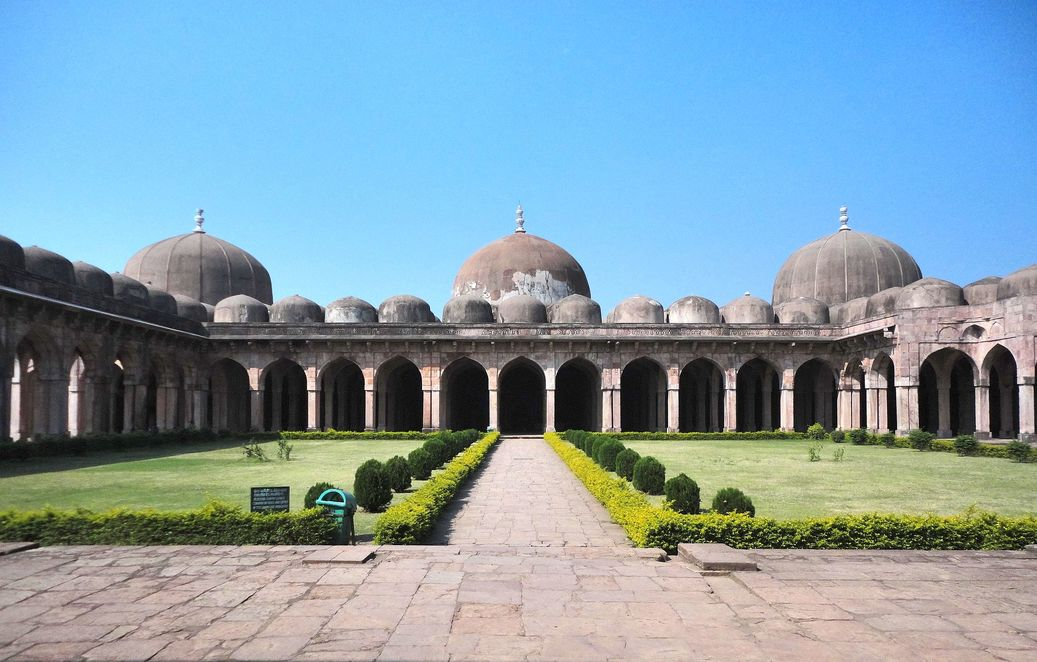 The magnificent Jami Masjid. Mandu (Mandav), Madhya Pradesh.