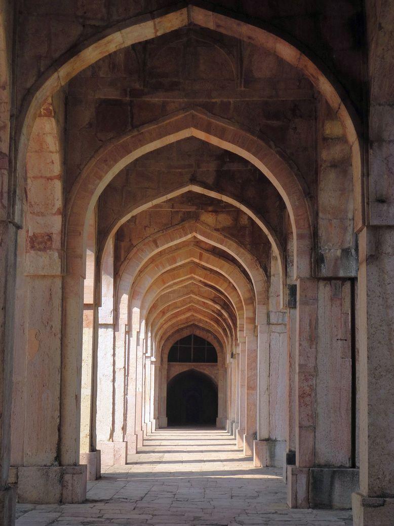 Arches galore. Jami Masjid, Mandu (Mandav), Madhya Pradesh