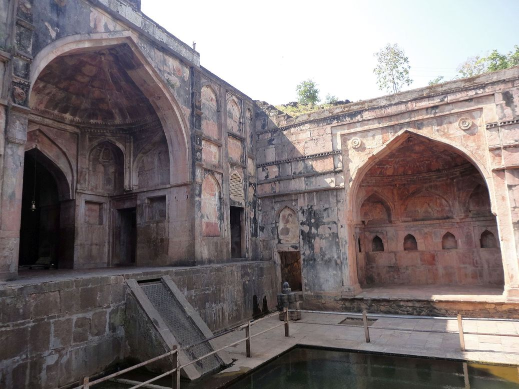 Nilkanth Temple and Palace. Mandu (Mandav), Madhya Pradesh.