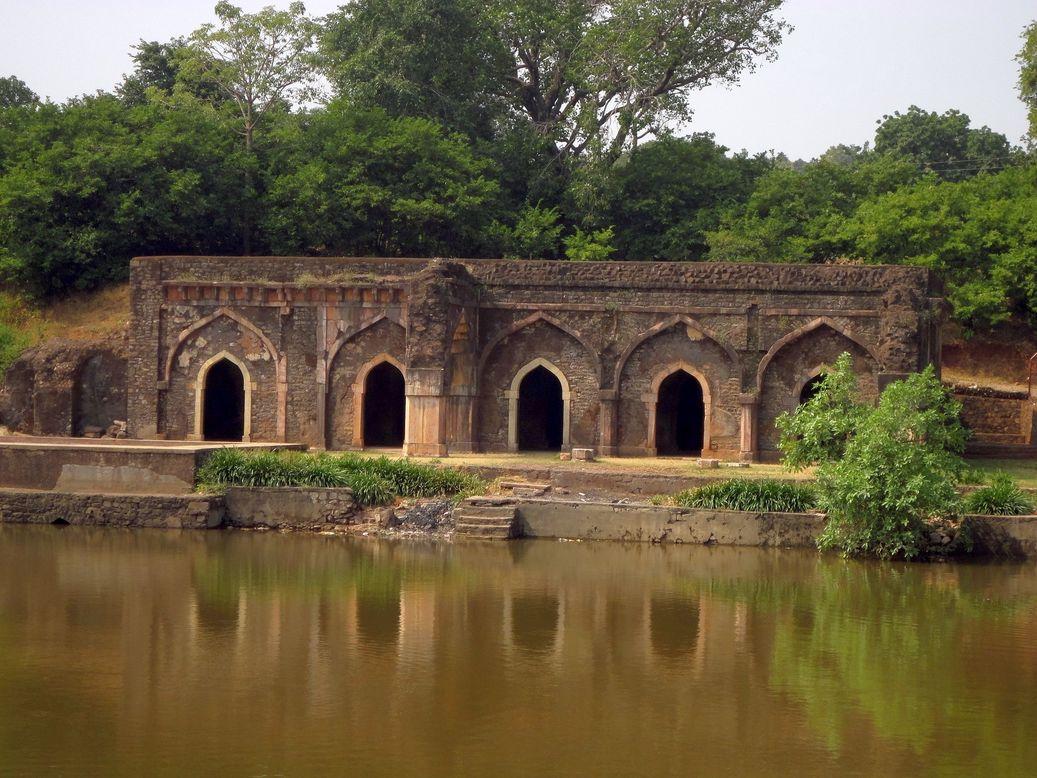 Rewa Kund. Mandu (Mandav), Madhya Pradesh, India