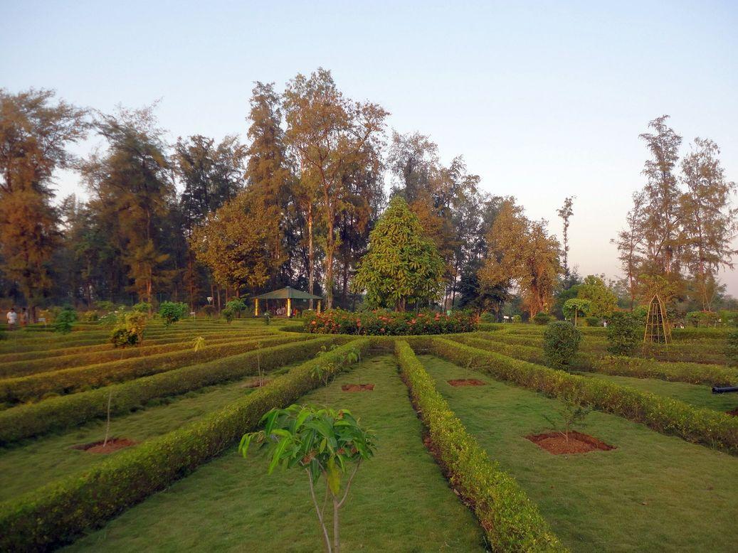 Starry-eyed. Nakshatra Garden, Silvassa, India