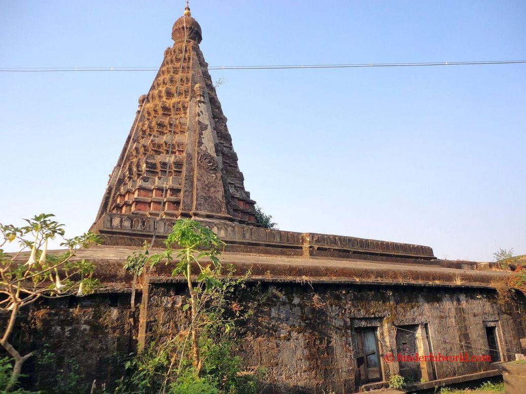 sambhaji_temple
